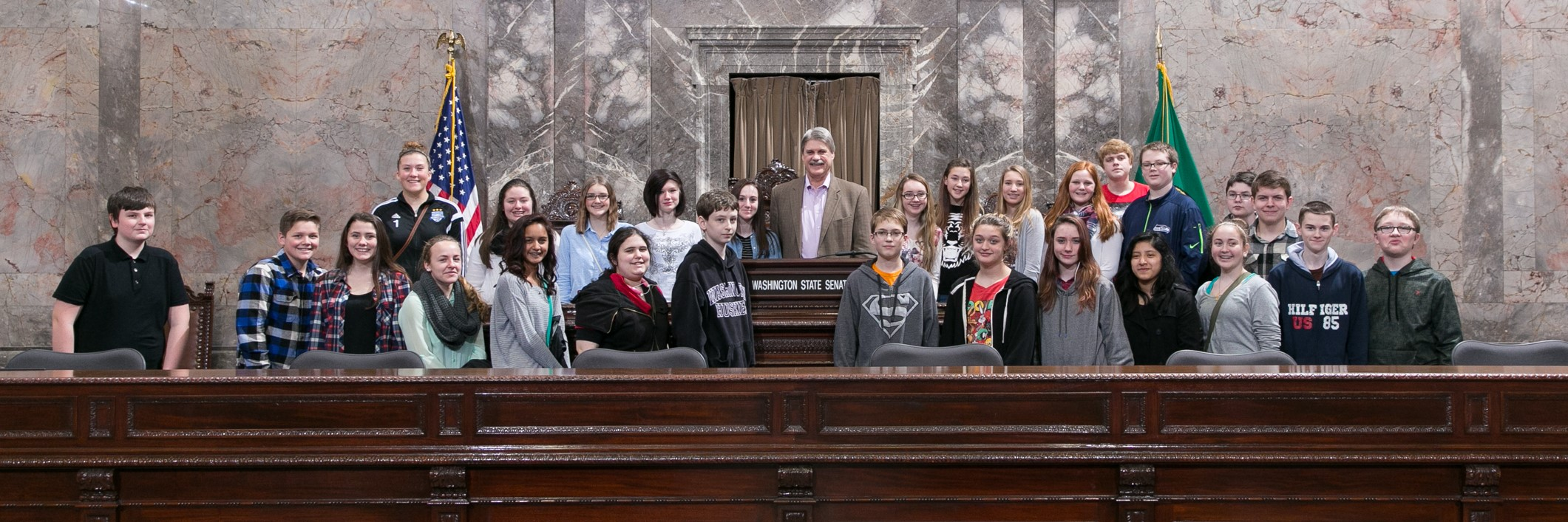 Hawkins Middle School 8th Graders Project Citizen Class visit the Washington State Capital