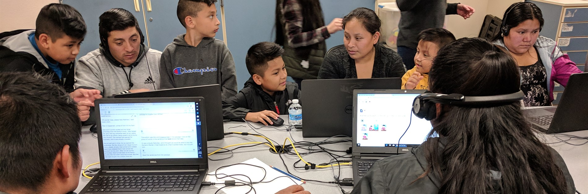 ELD families in the computer lab